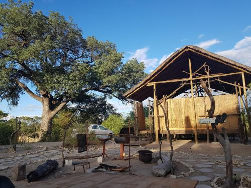 Eselbe Camp Backpackers, Tutume