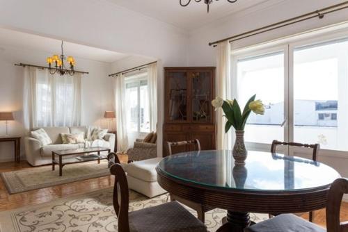 Carcavelos - Holiday Beach Apartment, Cascais