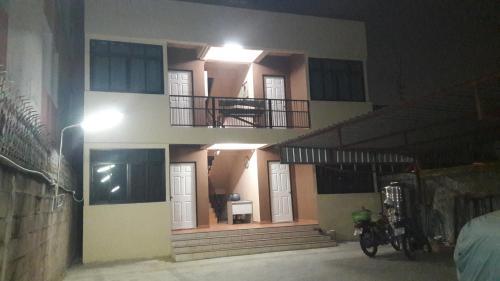 TanitHouse, Thungkru