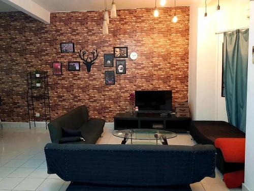 Family Style Homestay Near Bukit Tinggi Klang, Klang