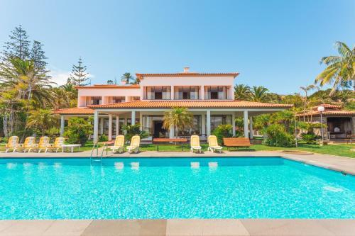 Feels Like Home Luxury Villa Mar with Private Sea Access, Machico