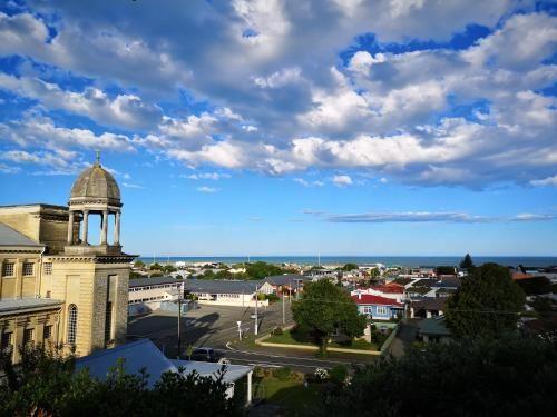 Hello Seaview! 4 BRs House in Central Location!, Waitaki