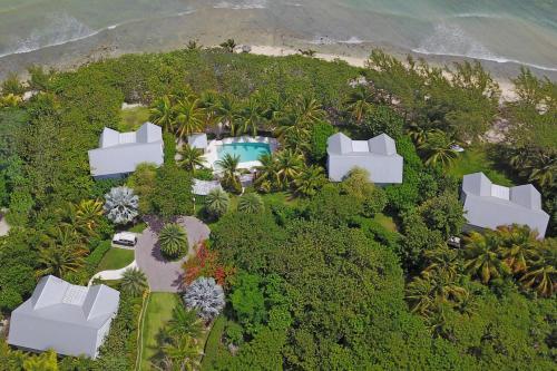 Sea Orchard Retreat by Grand Cayman Villas,