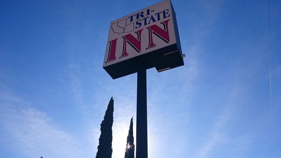 Tri-State Inn, Mohave