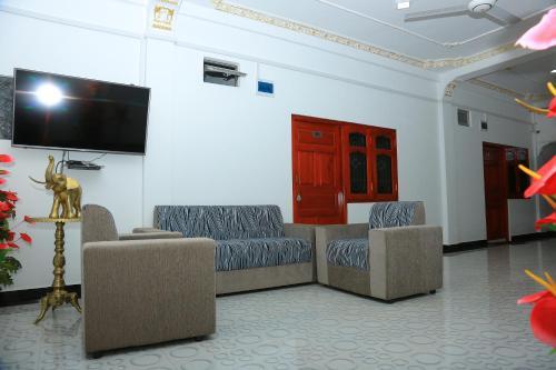 THAVAM GUEST HOUSE, Karachchi