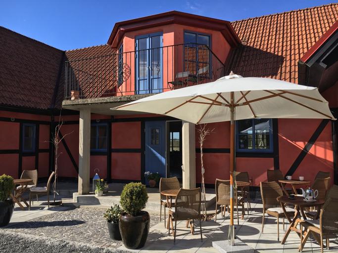 Villa Hasselbacken, Simrishamn