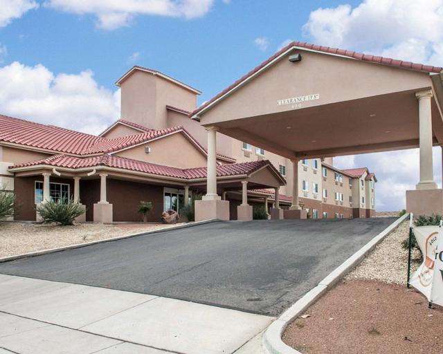 Comfort Inn & Suites, Hidalgo