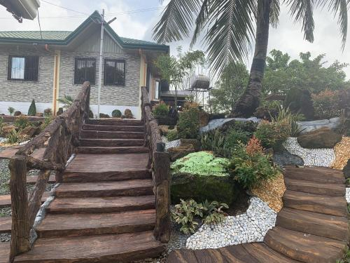 Michael's Farm House - 10 mins to Patar Beach and Bolinao Falls, Bolinao