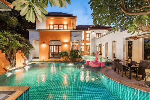 Thai Tara Pool Villa, Bang Lamung