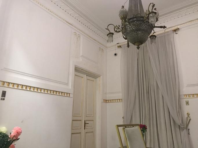 hotel Velvet 1915, Qasr an-Nil