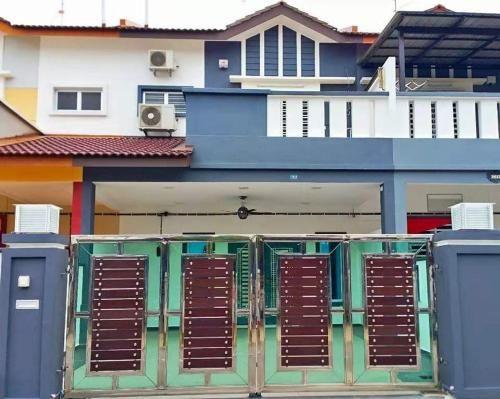 New Luxury JB Homestay, Johor Bahru