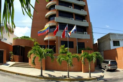 Hotel Miramar Suites, Vargas