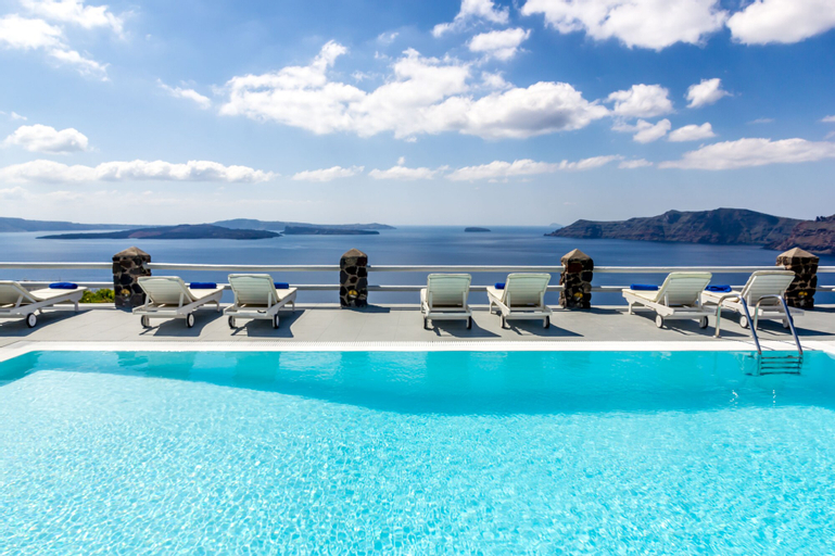 Oia Suites, South Aegean