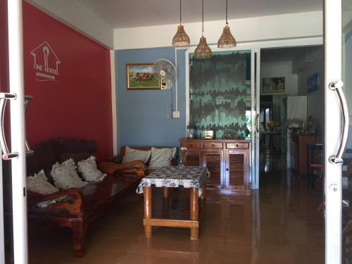One Hostel Bangsaphan, Bang Saphan