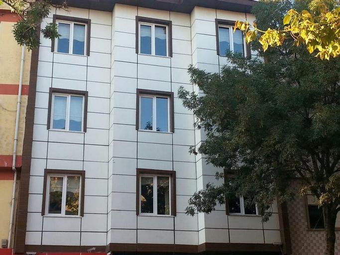 Balkan Hotel, Merkez
