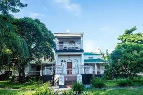 Villa Tafika Lodge - where Lake Malawi and Shire meet, Mangochi Town