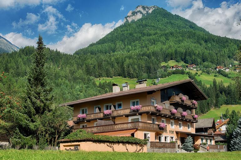Posthotel, Bolzano