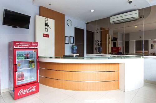 RedDoorz Near Thamrin City, Central Jakarta