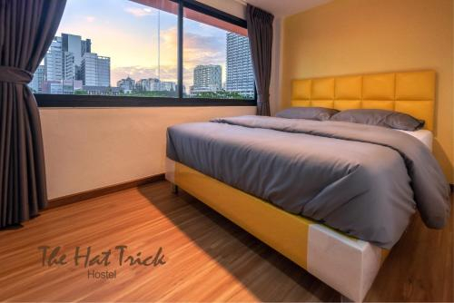The Hat Trick Hostel, Pathum Wan