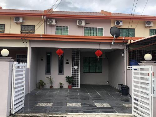 Ang Lee Holiday Home, Semporna