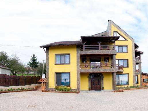 Casa Bradet, Intorsura Buzaului
