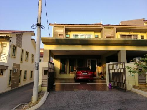 Homestay 5 ROOM 5 BATH Senawang N9, Seremban