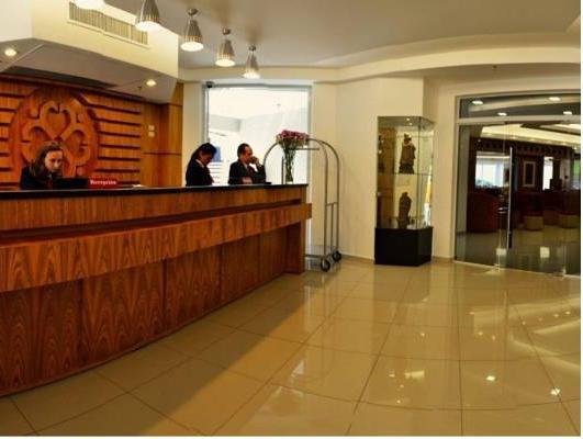 De la Trinidad Hotel, Encarnación