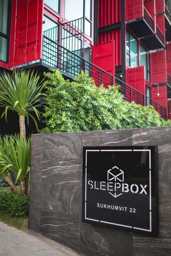 Sleepbox Sukhumvit 22, Wattana