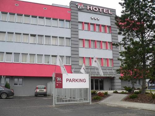 M Hotel, Zgierz