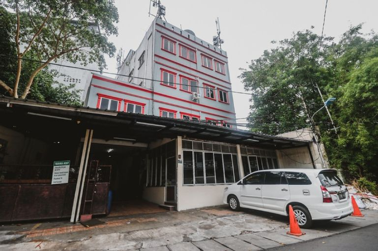 RedDoorz near Lokasari Mangga Besar 7, West Jakarta