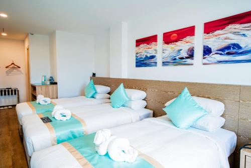 Palau Hotel,