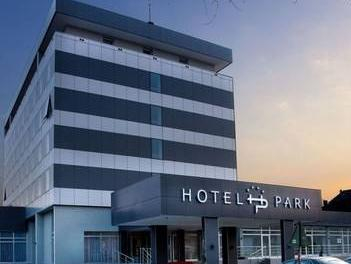 Hotel Park, Ruma