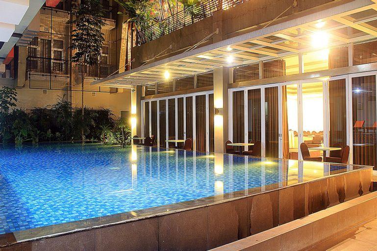 ZEN Premium Setrawangi Raya, Bandung