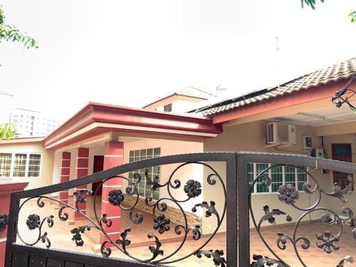Villa CtZee, Kota Melaka