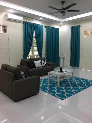 VillaHomeStay K-Terengganu Cikgu Izan, Marang
