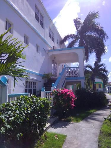 Beverley's Guest House, Nevis,