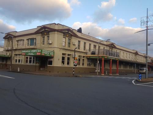 Northern Wairoa Hotel, Kaipara