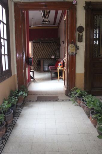 Meramees Hostel, 'Abdin