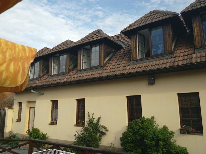 Penzion a Restaurace Na Jízdárne, Plzeň - jih