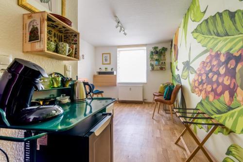 Urban Jungle Designer Apartment, Mannheim