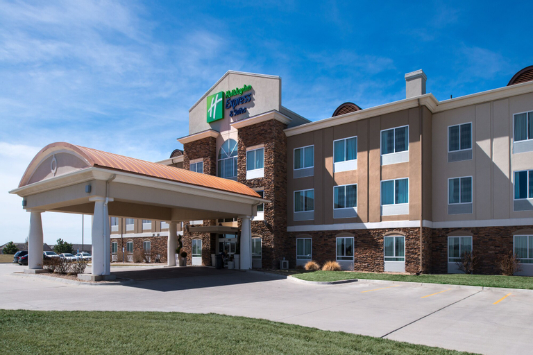Holiday Inn Express & Suites Wichita Northwest, Sedgwick