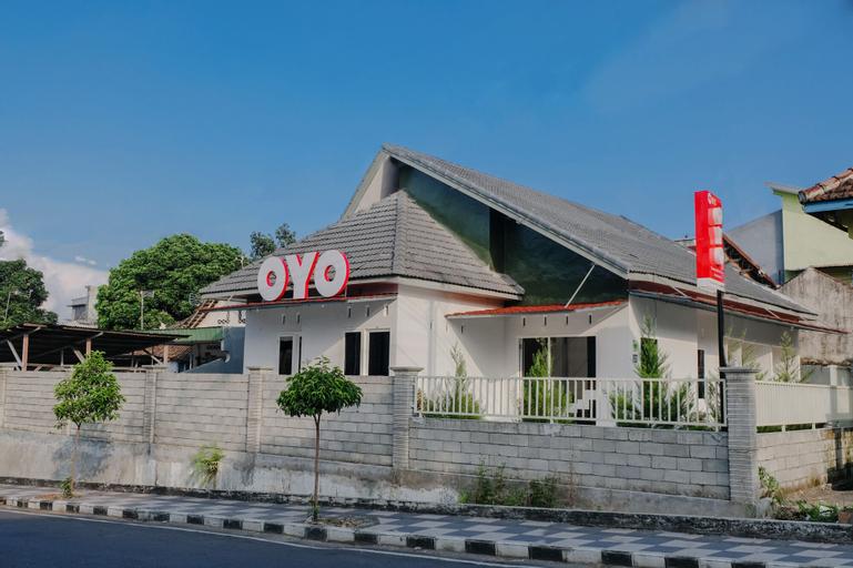 OYO 973 Simpang Alun-alun Residence, Malang