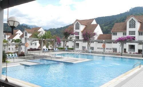 Superior / Deluxe Hotel Room at Selesa Resort, Bentong