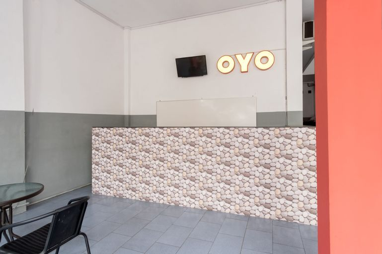 OYO 447 Hutasimo Residence, Medan