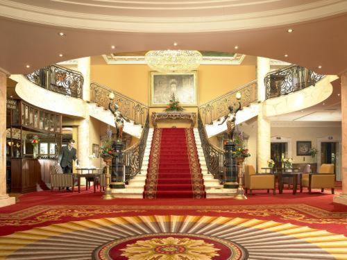 Bridge House Hotel - Leisure Club & Spa,