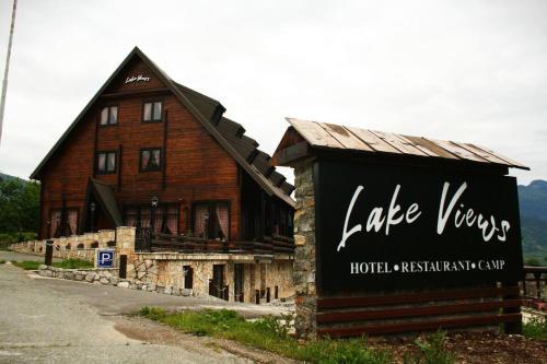 Camp Hotel Lake Views,