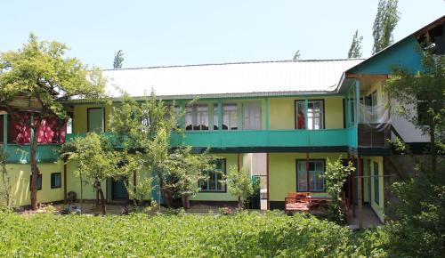 Happy family Guest House, Bazar-Korgon