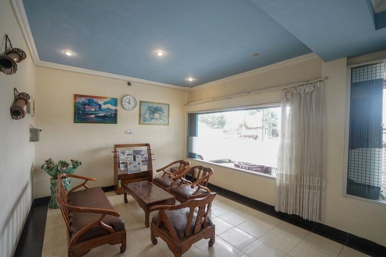 OYO 448 Hotel Central, Palembang
