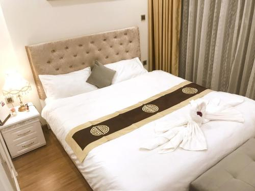 Queen Hotel_Vinhomes Green Bay_Ha Noi, Từ Liêm