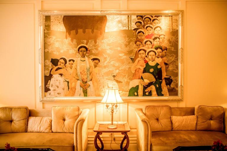 Apricot Hotel, Hoàn Kiếm